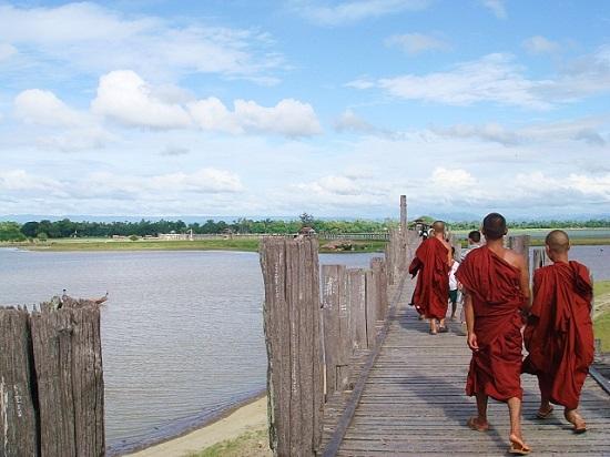 ミャンマー-宗教-子ども
