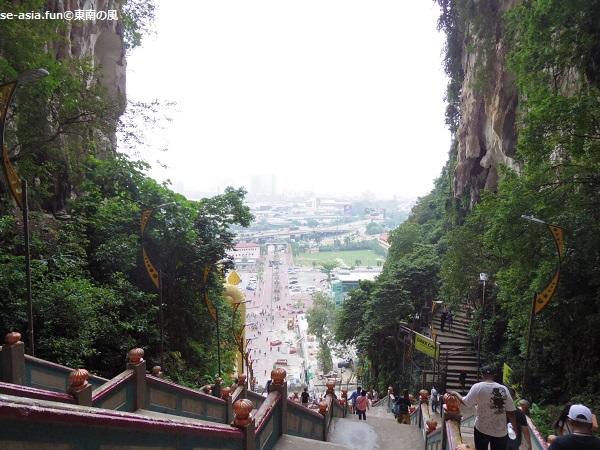 バトゥ洞窟-階段-頂上